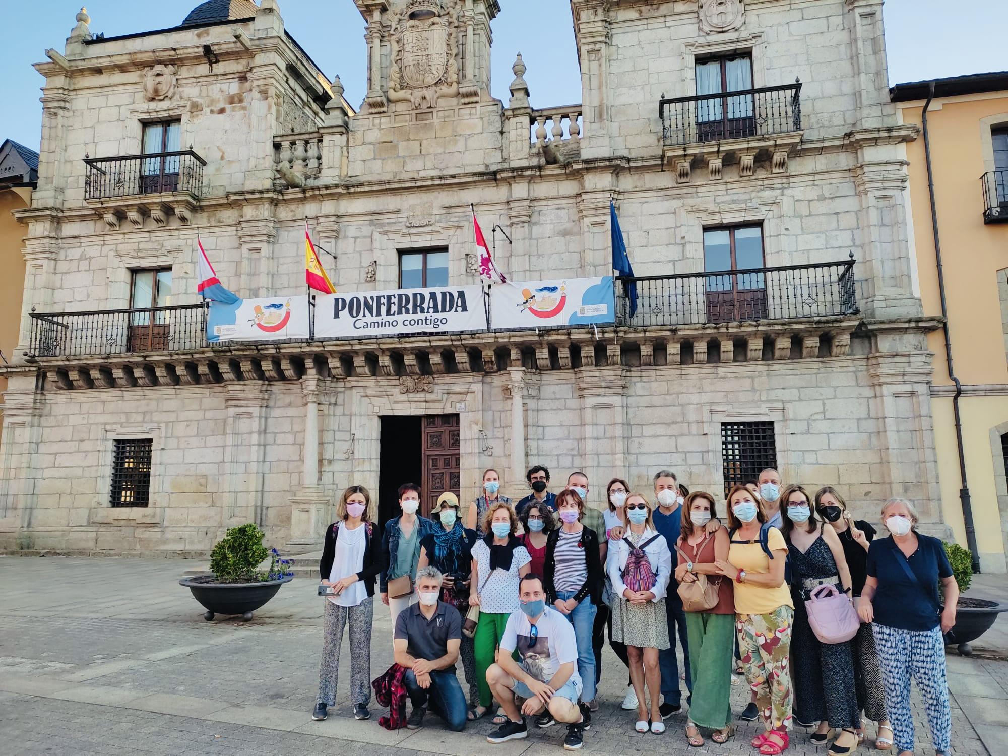 Free Tour Ponferrada, una visita guiada por guías leoneses oficiales de turismo que te enseñarán los lugares más importantes de la capital del Bierzo.