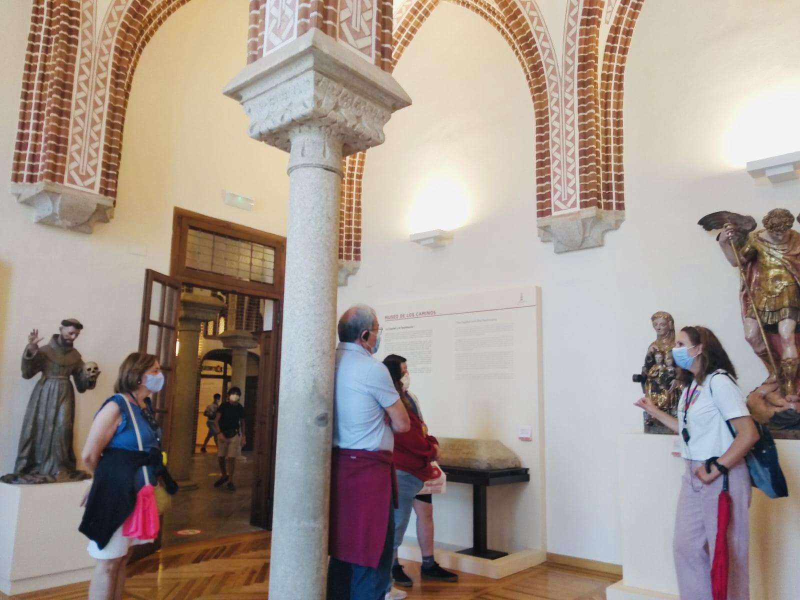 Visita guiada privada que combina la ciudad de Astorga y el Palacio Episcopal de Antonio Gaudí.